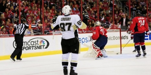 Sidney Crosby Scores Against the Capitals